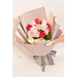 兩情相悅(12枝紅色粉色玫瑰)