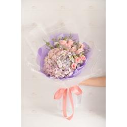 夢幻情緣(9支粉玫、粉紫藍繡球花、紫翠珠、紫彩星)