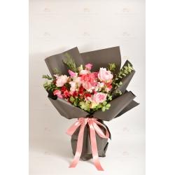 典雅莊園(粉色庭園玫瑰、豌豆花、紅色小玫瑰、白小玫瑰、...
