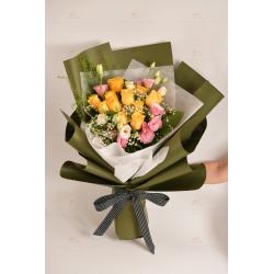 珍重祝福(12枝黃玫瑰,粉桔梗,白滿天星,BB草)