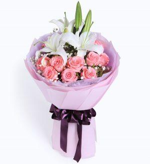 粉玫瑰11枝 百合1枝