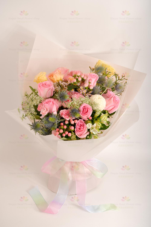 說愛你(粉玫)(:8枝進口粉玫瑰、乒乓菊、小玫瑰、粉豆果、小百合、白飛香、高麻、粉水晶、香檳粉桔梗)